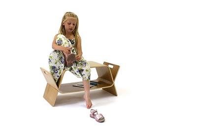 Funkcjonalny stolik