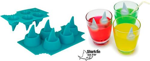 Kostki lodu w kształcie płetwy rekina